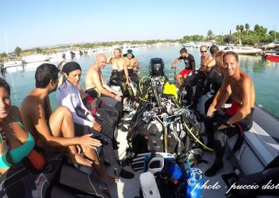 staff diving center siracusa motoscafo